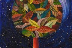 cromie delicate per l'albero che si eleva verso l'astro della luna per coglierne la luce  fonte di esplosione vitale